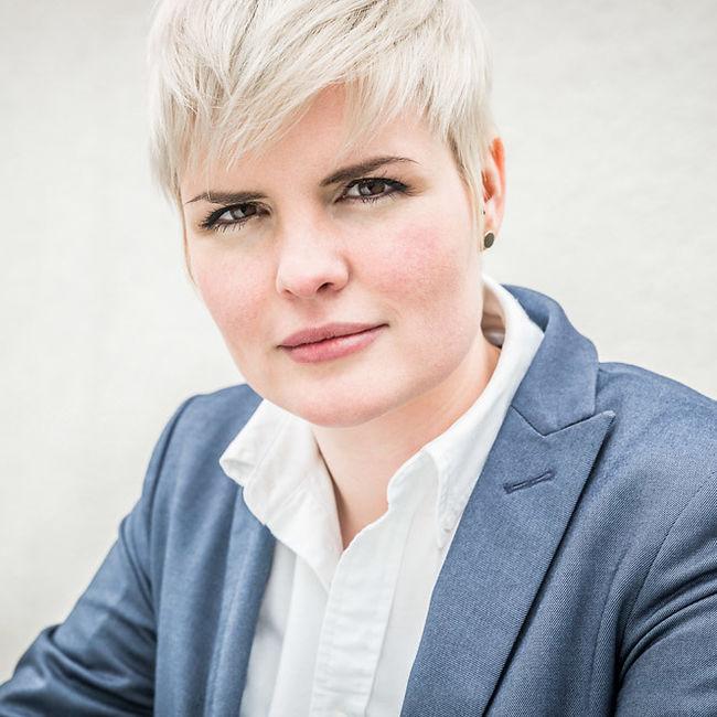 Gloria Schöbi